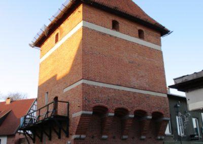 Widok na Basztę Gdańską od wschodu